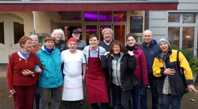 Nach dem Gärtnern zum Buffet ins Restaurant Szenario  – Berliner Woche berichtet